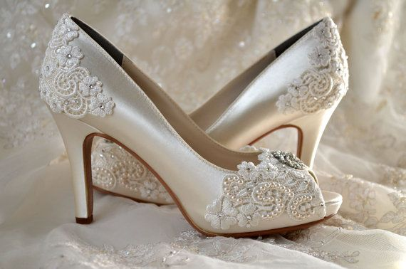 a85e3981db4 47 Exquisite Wedding Shoes for the Bride