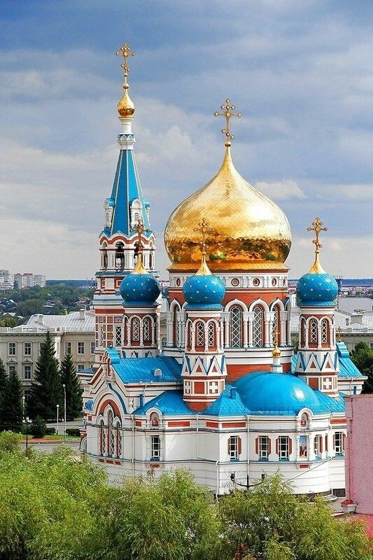Legendary Churches And Cathedrals That You Should See In Russia
