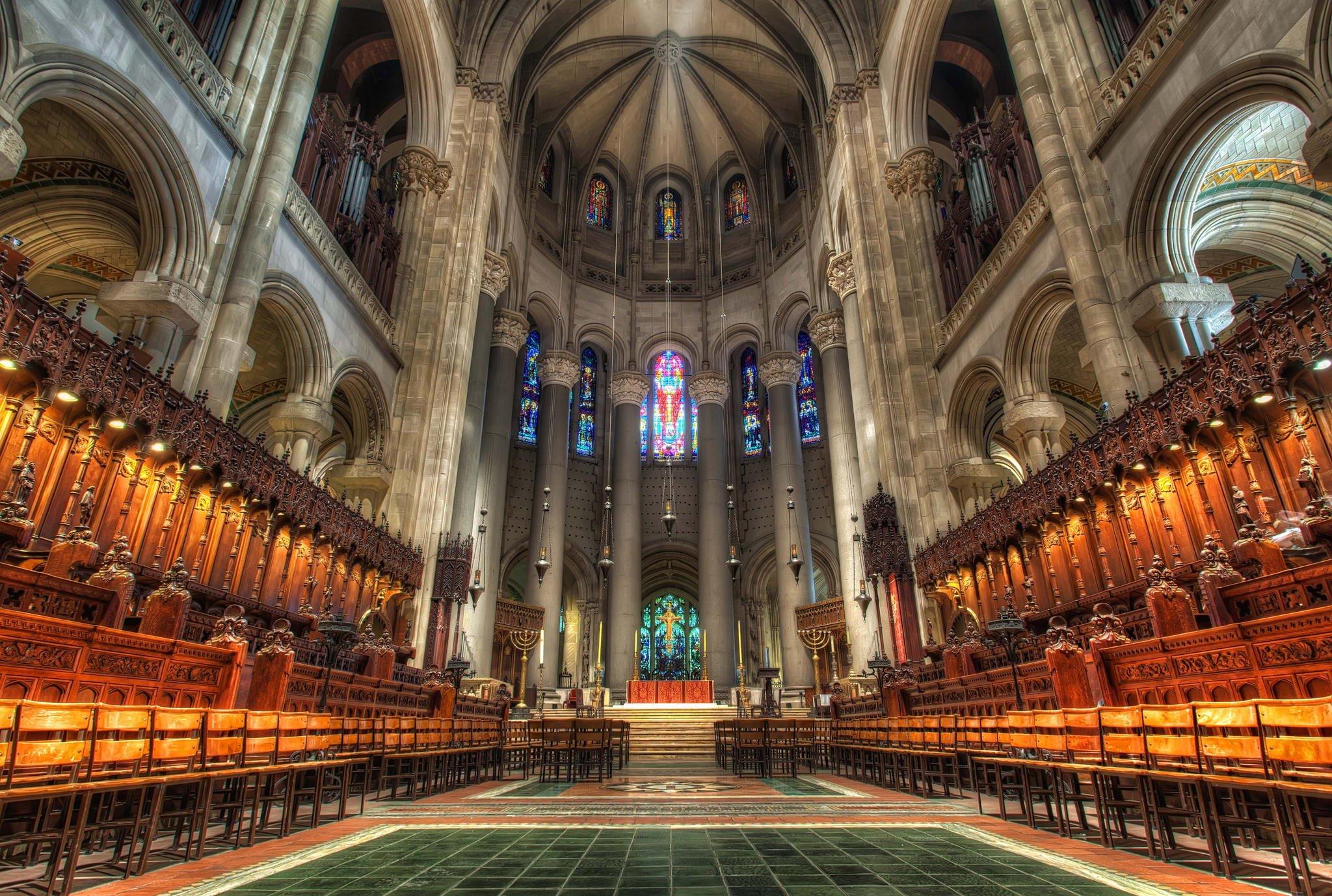 http://www.thousandwonders.net/Cathedral+of+Saint+John+the+Divine