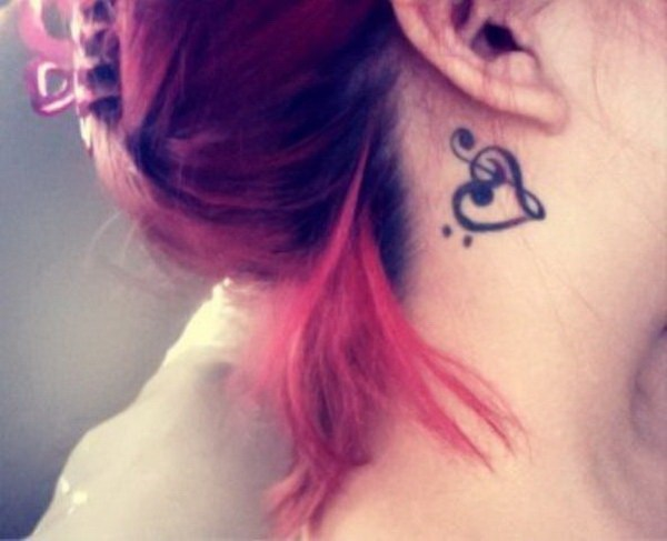 50 Most Beautiful Behind The Ear Tattoos That Every Girl border=