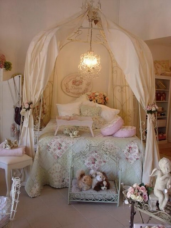 33 cute and simple shabby chic bedroom decorating ideas for Shabby chic bett