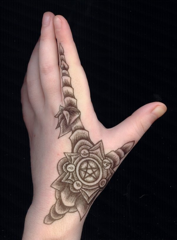 Small Tattoo Designs For Hands: 40 Cute And Attractive Small Hand Tattoo Designs That Will