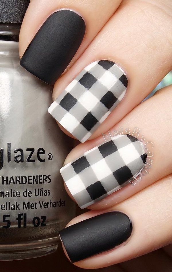 60 beautiful dark nail designs and ideas to make others envious black and white plaids nail art design prinsesfo Gallery