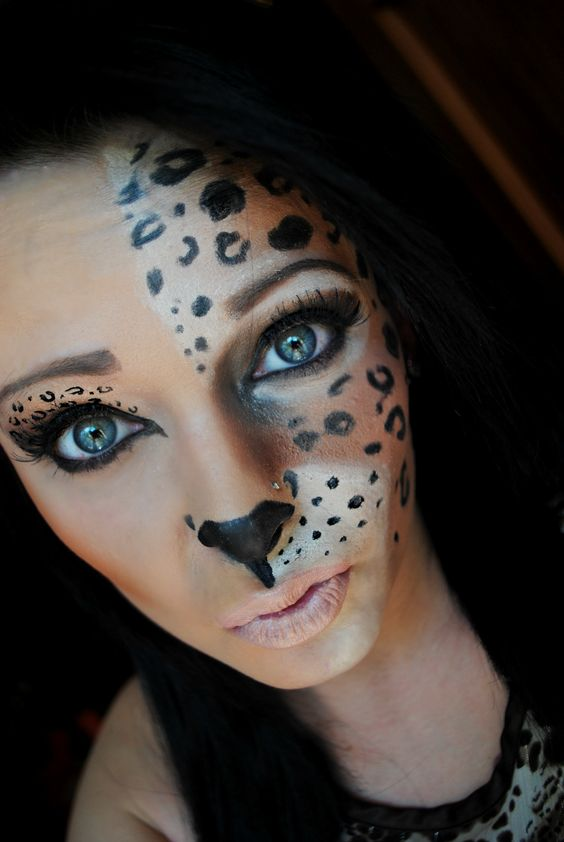 50 scary and unique halloween makeup ideas that are. Black Bedroom Furniture Sets. Home Design Ideas