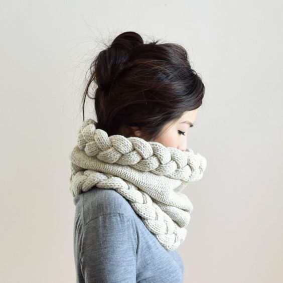 17 Easy Ways To Wear Snood This Fall/Winter - EcstasyCoffee