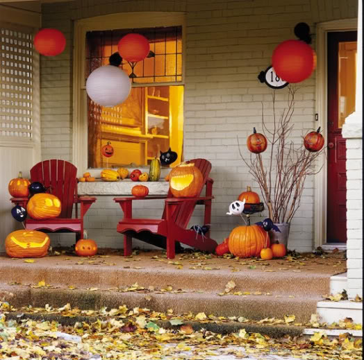 40 Lovely Thanksgiving Porch Decor Ideas To Add Beauty To Your Home    EcstasyCoffee