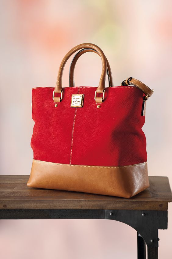 50 Beautiful Women Handbag Designs That Every Fashionista