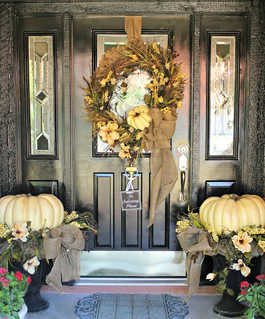 Fall Front Door: 40 Easy Thanksgiving Front Door Decorations Ideas