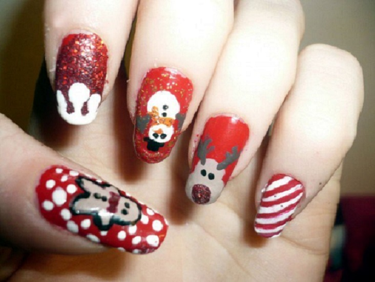 45 Fantastic Christmas Nail Art Ideas Designs