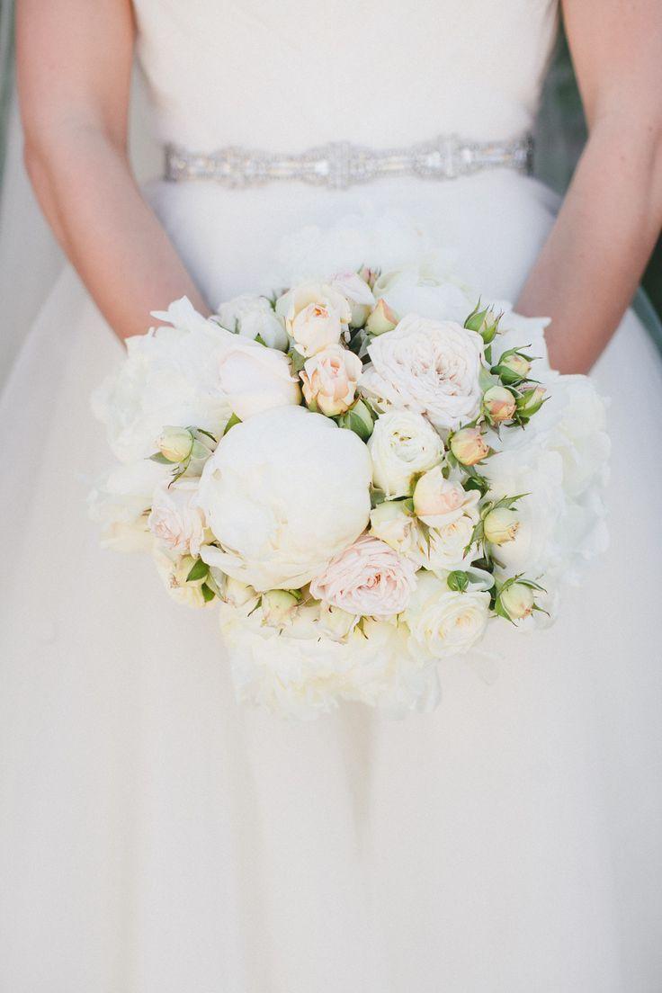 White and blush wedding flowers images flower decoration ideas 42 simple and elegant white wedding decor ideas for romantic wedding 42 simple and elegant white mightylinksfo