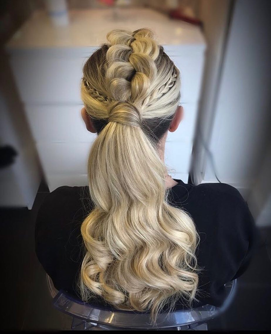 35 Quick and Cute Messy Hairstyles You Need to Try ...