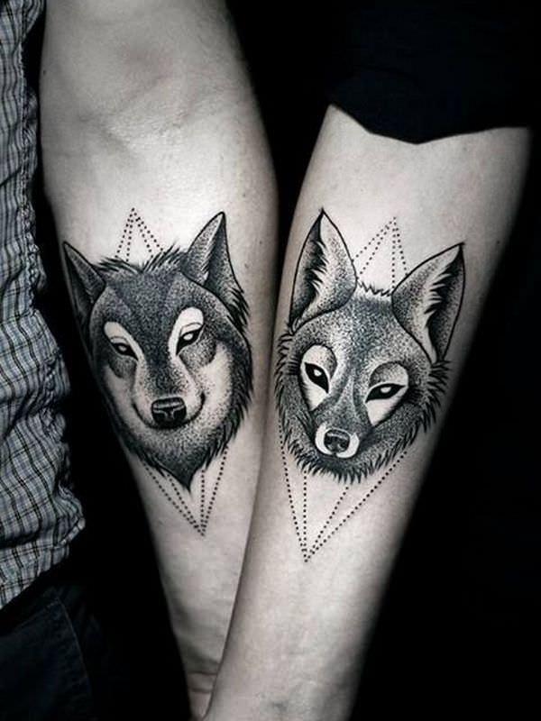 Wolf mann tattoo unterarm 450 Cool