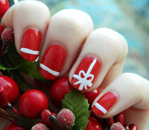 25 Super Cute Christmas Nail Art You Can Try Yourself Ecstasycoffee